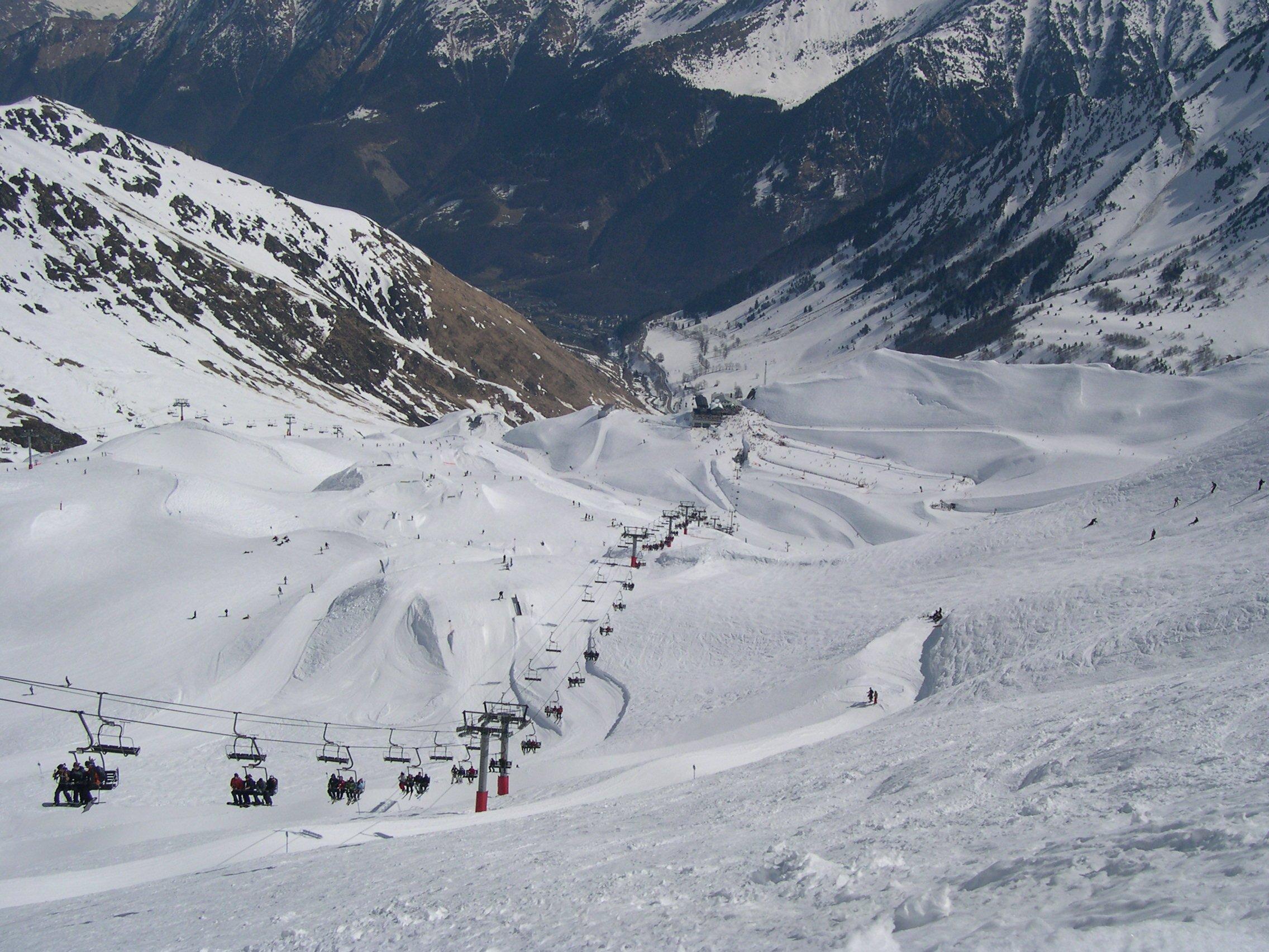Appartement à louer à Cauterets dans les Pyrénées (65) » Ski et autres activités (randonnée, vtt ...